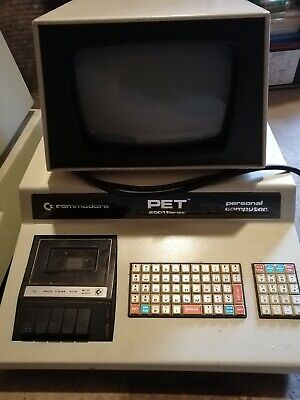 Vintage Commodore Computer PET 2001-8 BS complete