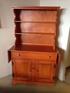 Table chairs and buffet/hutch