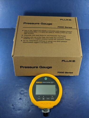 New Fluke 700GA6 100 PSIA Pressure Gauge, Original Box