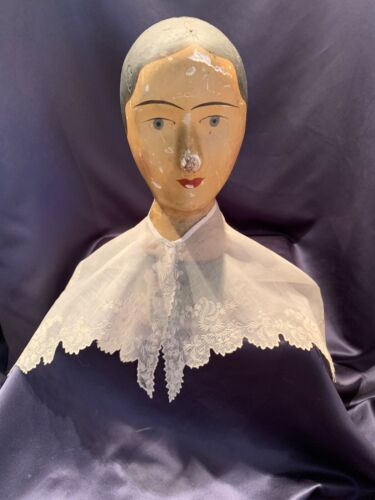 Beautiful Antique Early 19C Hand Worked White Work Wide Pellerin Collar