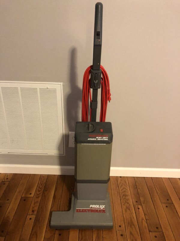 ELECTROLUX PROLUX COMMERCIAL HEAVY DUTY UPRIGHT VACUUM CLEANER New Bag WORKS!