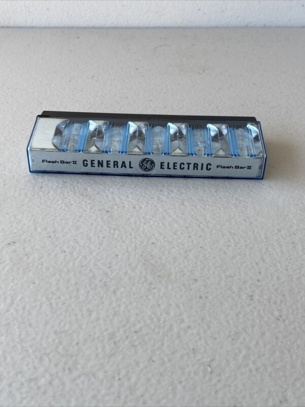 General Electric GE Flash Bar II for Polaroid SX-70 Film Cameras Untested