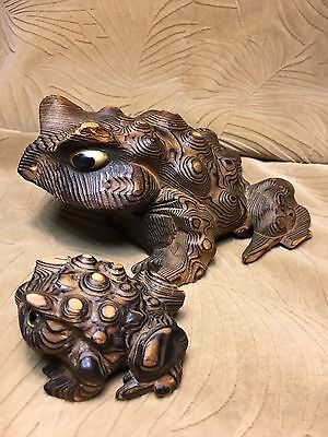 Vintage Japan Hand-Carved Frogs 🐸 Cryptomeria Wood Figure Horny Toads