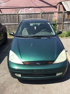 Best offer right now wont last  2000 Ford Focus low km