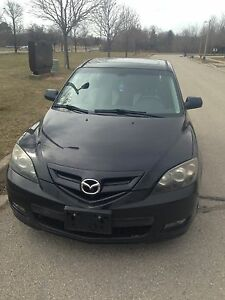 2007 Mazda 3 Hatchback. Loaded. No Rust.