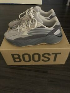 ca432bcc Yeezy   Buy or Sell Used or New Clothing Online in Mississauga ...