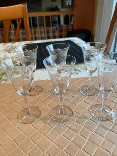 Vintage Set of 6 Cordial Aperitif Clear Etched Glasses