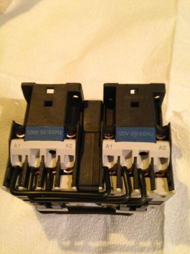 24vac Dayton IEC reversing contactor NIB free shipping 3 pole #2UXN2 12amp