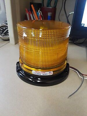Whelen Engineering L21e Series Super-led Beacon - Permanent Mount Amber