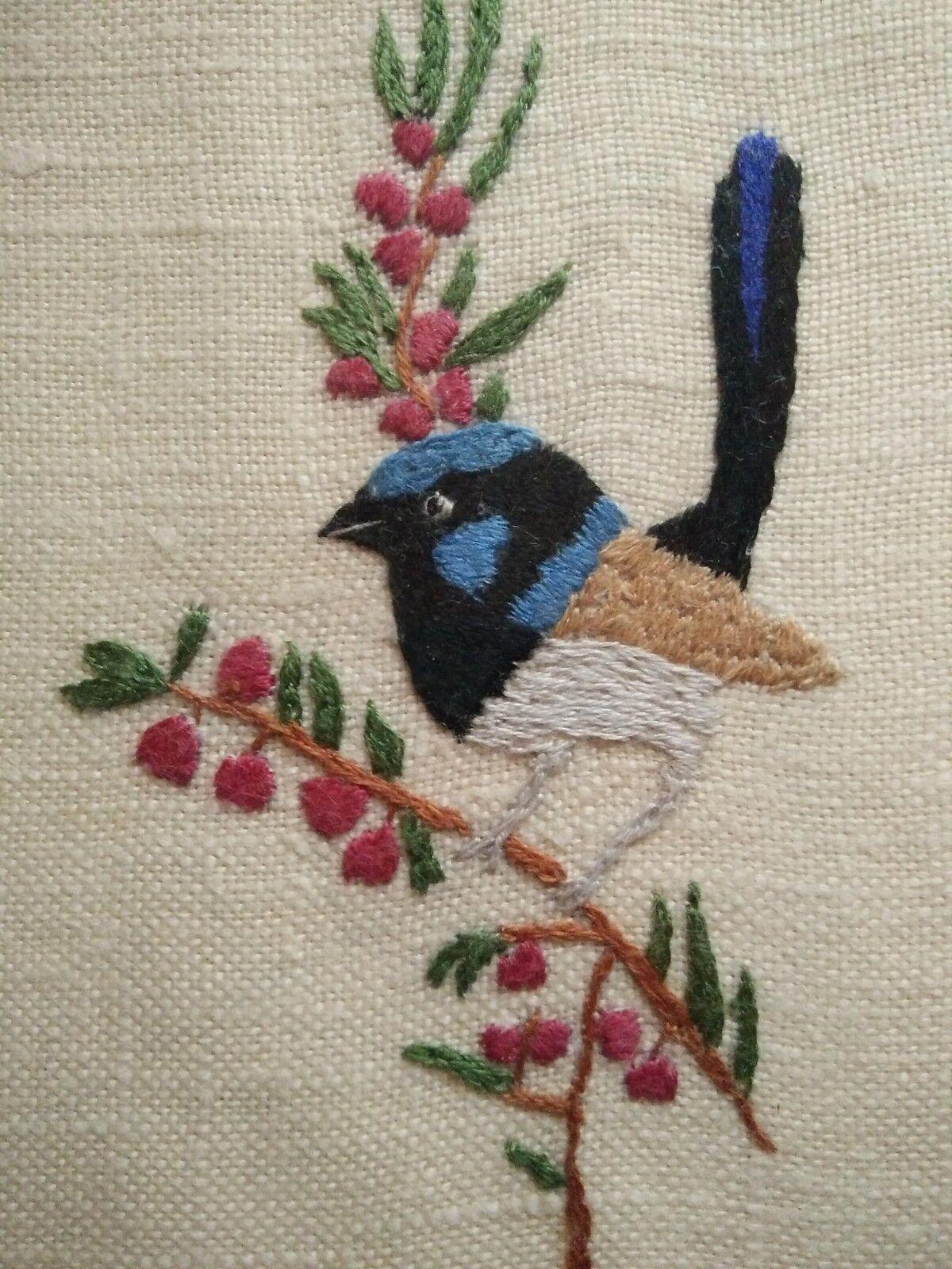 Blue Wren Cottage ~ Vintage Linen