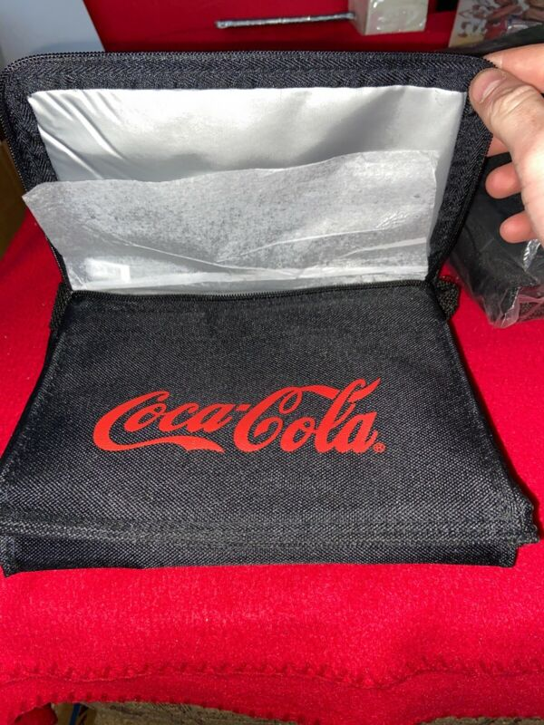 COCA COLA INSULATED LUNCH BOX BAG with STRAPS NEW.