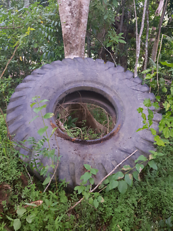 Earthmoving/Tractor Tyre