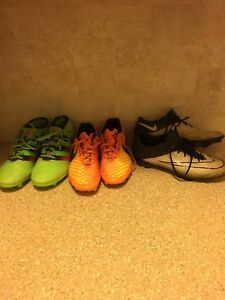 Soccer cleats size 8-9