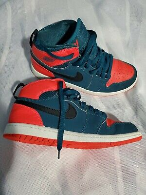 Nike 705303 Youth Kids size 3 Air Jordan  Retro Basketball Shoes Sneakers
