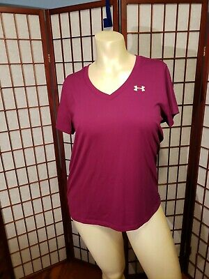 Under Armour HeatGear Loose V Neck T- Shirt, Women's Large, Maroon, EUC Heatgear V-neck T-shirt