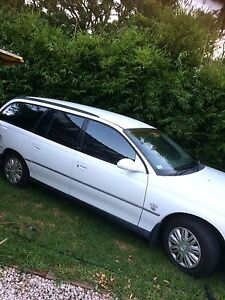 Holden station wagon 2000 acclaim Wallsend Newcastle Area Preview