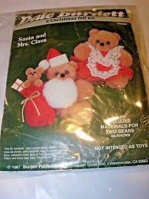 VINTAGE DALE BURDETT MR & MRS CLAUS FELT BEAR CHRISTMAS CRAFTS PATTERN KIT