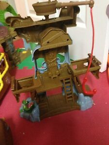 3 Jake and the  neverland  pirates sets-