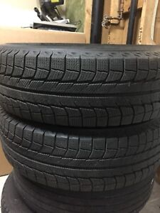 2-215/70R16 X-ICE Michelin Winter