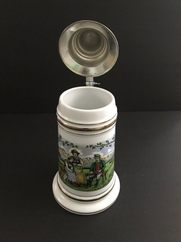 Oktoberfest German Beer Stein Lidded