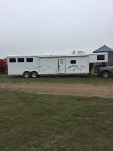 Live-in Horse Trailer