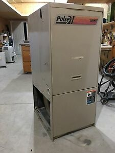 Lenox 80,000 btu gas furnace Kitchener / Waterloo Kitchener Area image 9