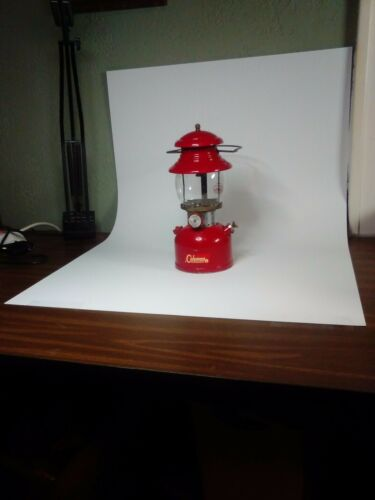 "Seamless Photography Backdrop White Table Top Flexible 40"" X 26""  Light Box.."