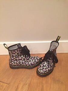Dr Martens, size 5, nearly new