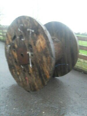 Ex Large Wooden Cable Drum Reel -Garden / table / shabby chic ornament