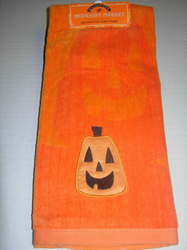 Happy Halloween Midnight Market Bathroom Hand Towel Pumpkin 🎃👻🦇🎃 Decor NWT