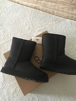 UGG Classic Short Leather Black 1016559 Water Resistant Boots Size 10 New  for sale  Shipping to Canada