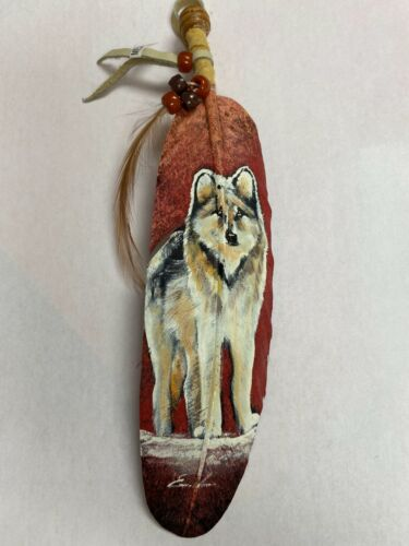 NEW HAND PAINTED FEATHER , ARTS & CRAFTS ,SOUTHWEST ART , SIGNED  , WOLF 1