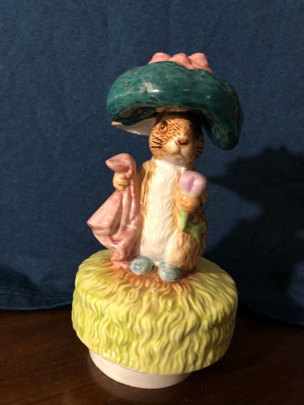 "Schmid Beatrix Potter Benjamin Bunny Rotating Music Box ""Send in the Clowns"""
