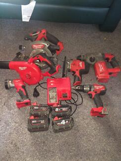 Milwaukee m18 tool set