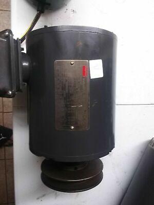 Dayton 3kw25g.  Electric Motor  Hp 1.  Hz60 Rpm 1745