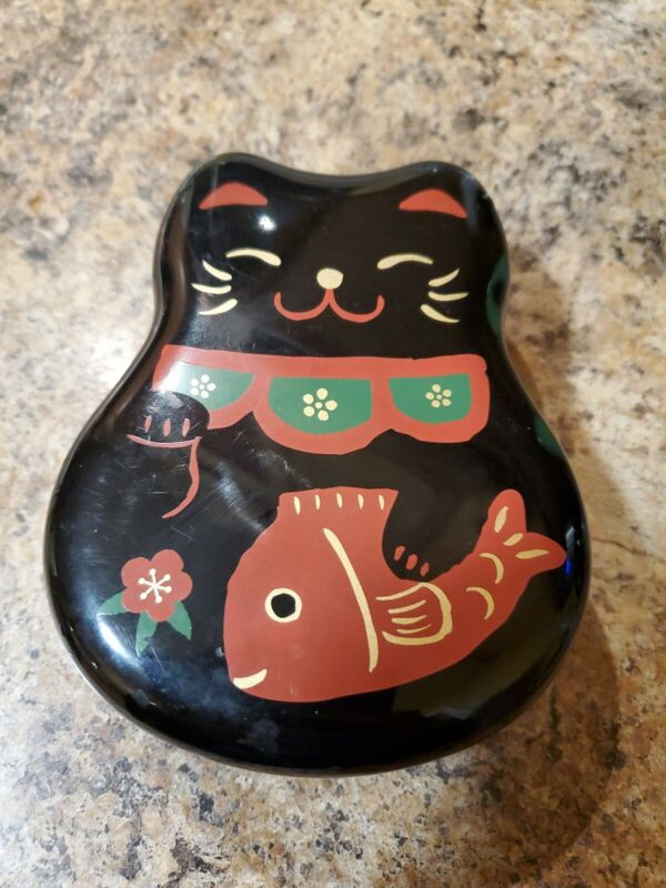 Kotobuki Black Lacquer Plastic Trinket Box, Pic Lucky Cat with Fish and Flower
