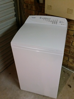 5.5KG Fisher and paykel washing machine