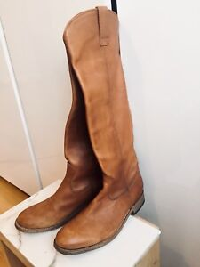 GORGEOUS WOMENS SIZE 7 HIGH LEATHER BOOTS TALL RIDING STYLE