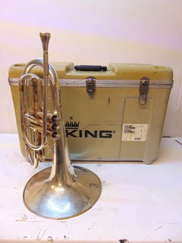 King 1121 Marching Mellophone  With Travel Case  -  S5329