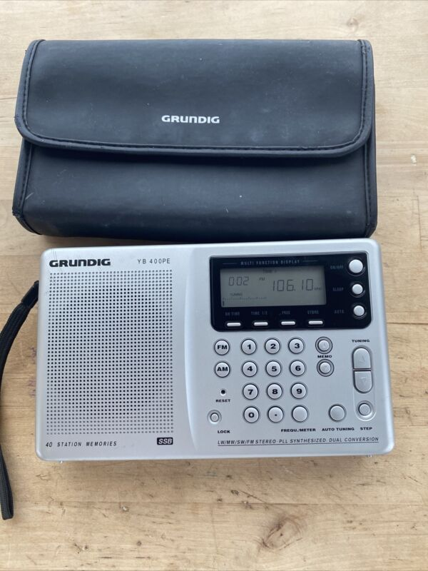 Grundig YB 400PE Short Wave Radio Yacht Boy W/ Case