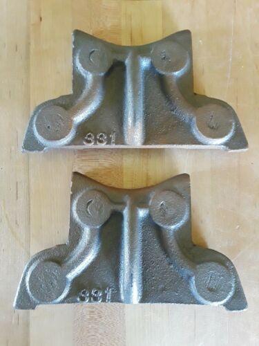 Lower feet/leg brackets for a Weaver 28-ton shop / screw press