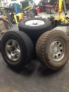 D22 tyres and rims 265/70/R16 Dudley Park Mandurah Area Preview
