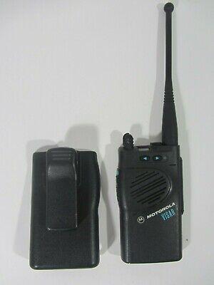 Motorola Visar UHF 16-Channel Radio H05RDD9AA4AN w/ Belt Clip Case NO BATTERY