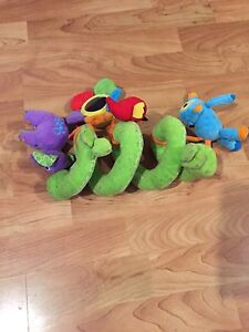 Stroller/baby carrier toy