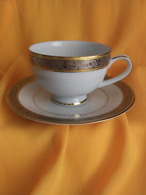 COLLECTIBLE VTG GRAND VICTORIAN WALLACE PORCELAIN TEA CUP & SAUCER SET SRI LANKA (Deluxe Porcelain Tea Set)
