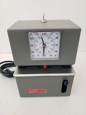 Lathem Mechanical Time Clock Recorder Model 2121 115v W Key Works Great