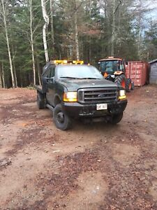 2001 Ford F-350 dully plow truck