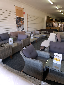 Clearance out Door Furniture