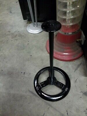 Nice used 1930?s  3 spook wheel Black cast iorn gumball stand good cond OEM