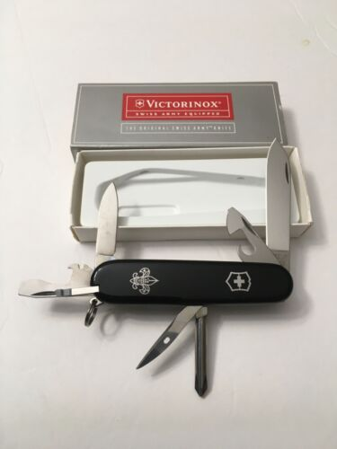 VICTORINOX SWISS ARMY BOY SCOUT BLACK KNIFE IN BOX